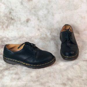 Dr. Martens 3 Eye Shoe